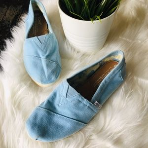 TOMS Light Blue Flats Slip Ons Shoes Women's 5.5